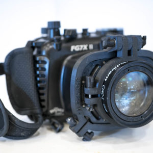 Flip-Mount for Fantasea FG7X II and FG16 housing and Nauticam CMC
